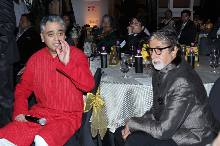 Amitabh Bachchan Graced At CNN IBN's Senior Citizen Awards 2013