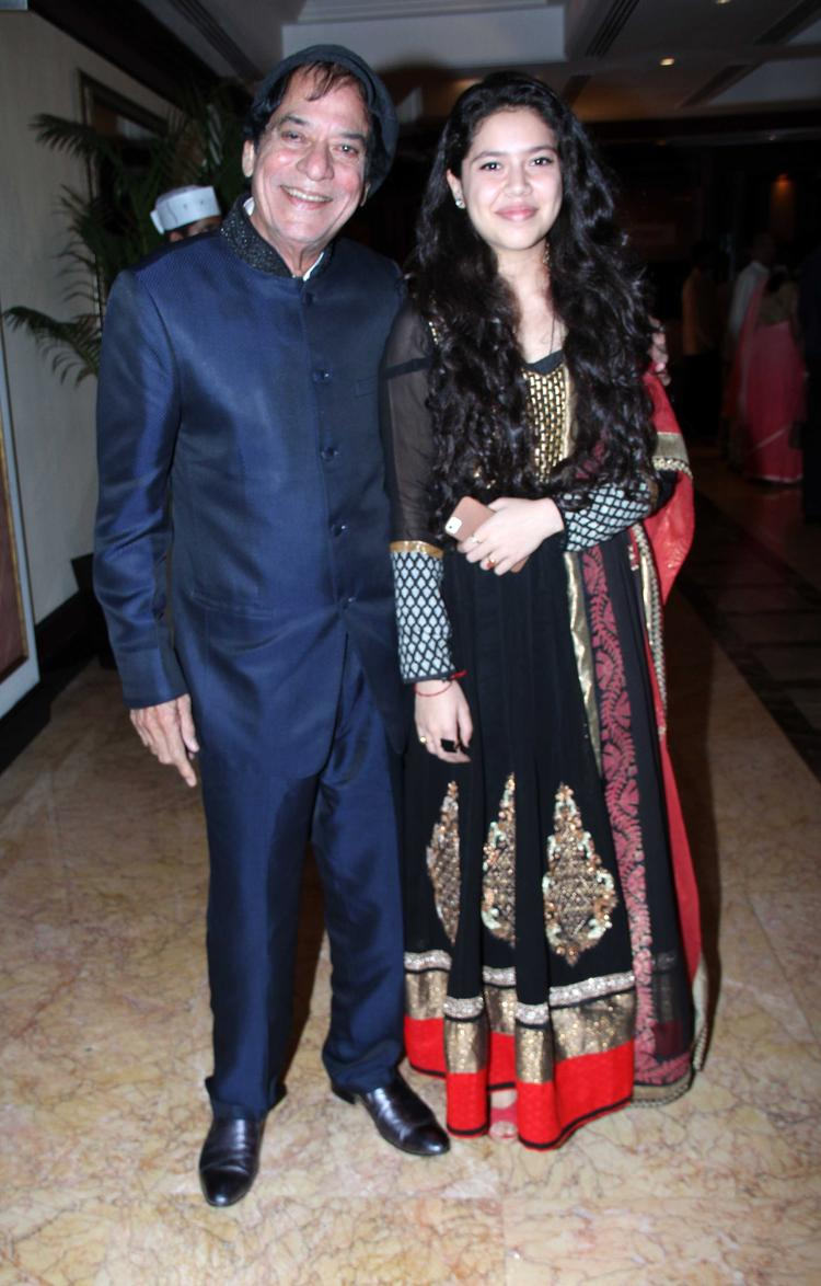 Veteran Actor Jagdeep Smiling Look At CNN IBN's Senior Citizen Awards 2013