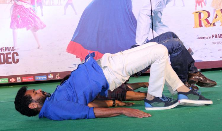 Prabhu Deva Amazing Dancing Pose At Infinity Mall, Malad During The Promotion Of R...Rajkumar Movie
