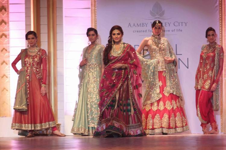 Bollywood Actress Huma Qureshi Walks The Ramp For  Designer Ashima Leena At AVIBFW Day 04