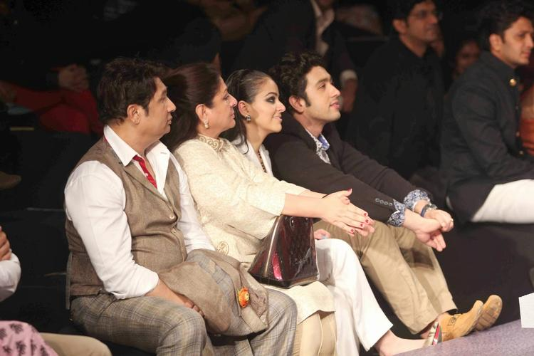 Bollywood Celebs Attend AVBFW And Saw Sania Mirza Walks For Shantanu And Nikhil