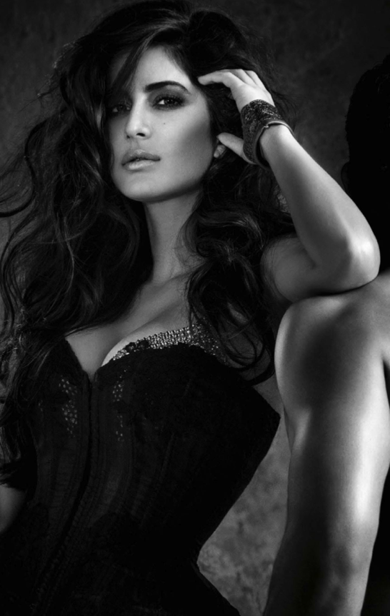 Katrina Kaif Glamour Look For Vogue December Magazine 2013