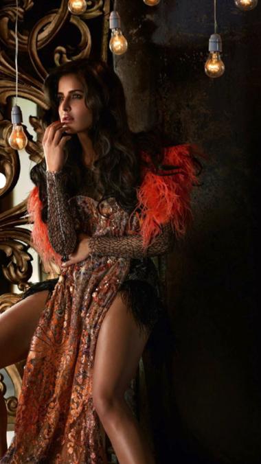 Katrina Kaif Latest Sizzling Sexy Photo Shoot For Vogue December 2013