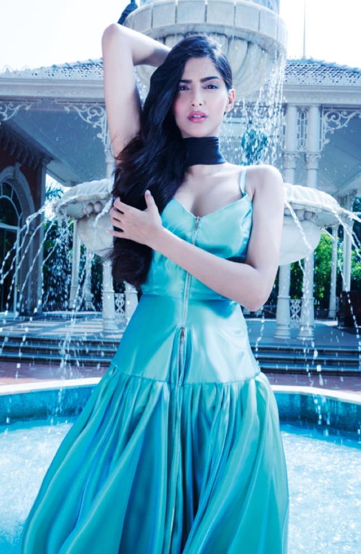 Sonam Kapoor Sexy Hot Look Photo Shoot For Hi! Blitz December 2013 Issue