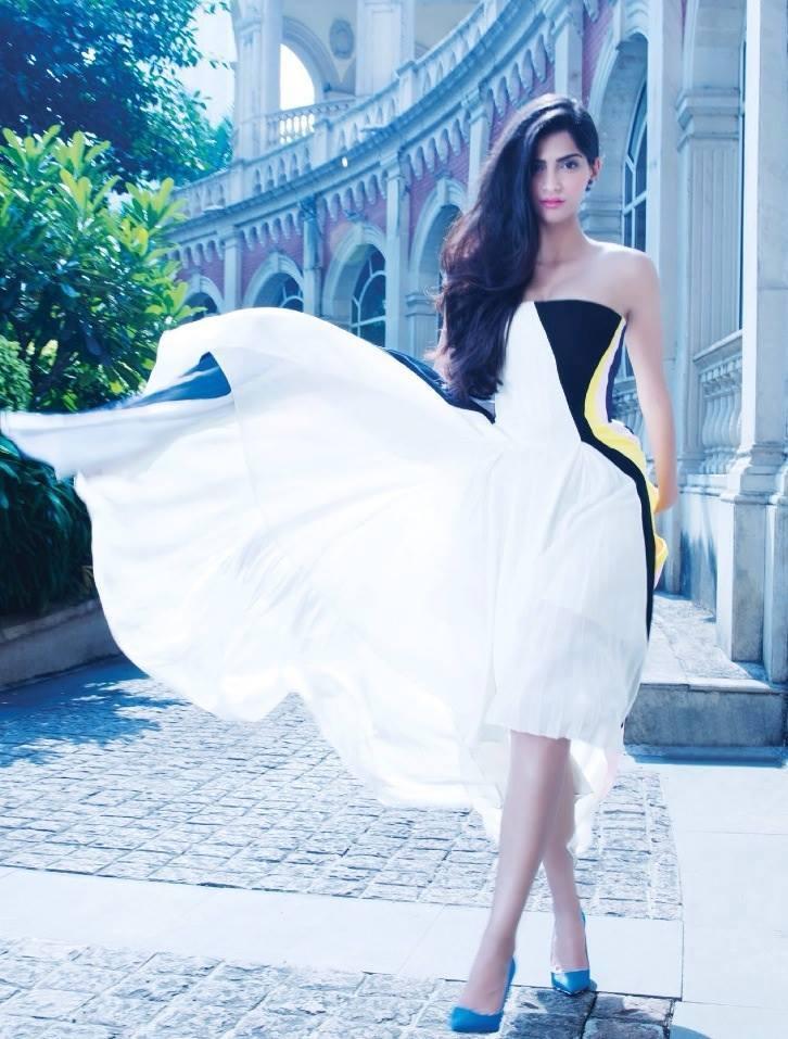 Sonam Kapoor Sizzling Pose Photo Shoot For Hi! Blitz December 2013 Issue