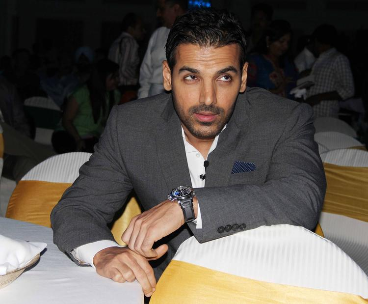 Styleicon John Abraham During The SCMM Press Conference