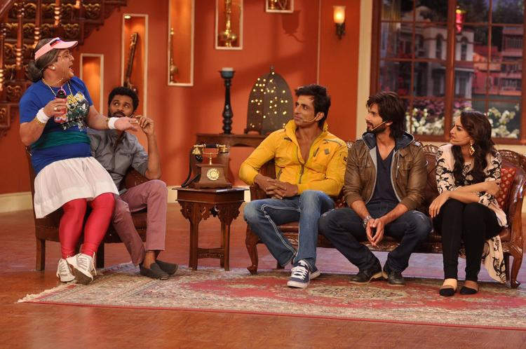R Rajkumar Movie Team Promote Their Movie At Comedy Nights with Kapil Show