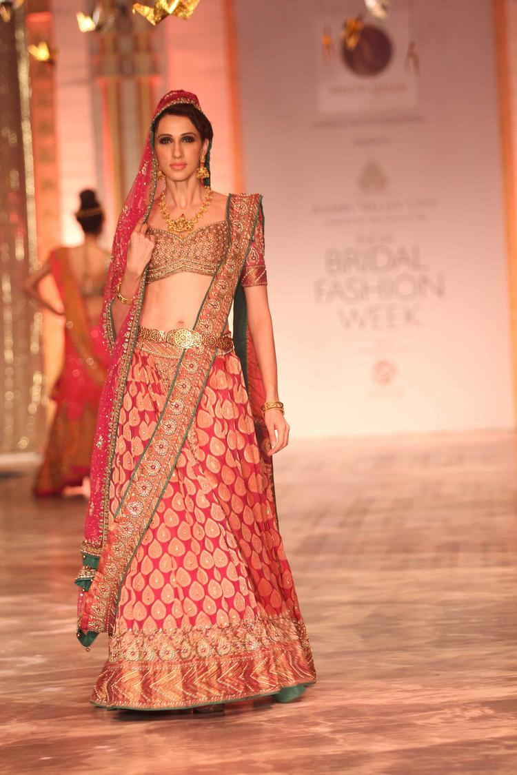 A Model Displays A Creation Of Designer Neeta Lulla On Day 6 At IBFW 2013