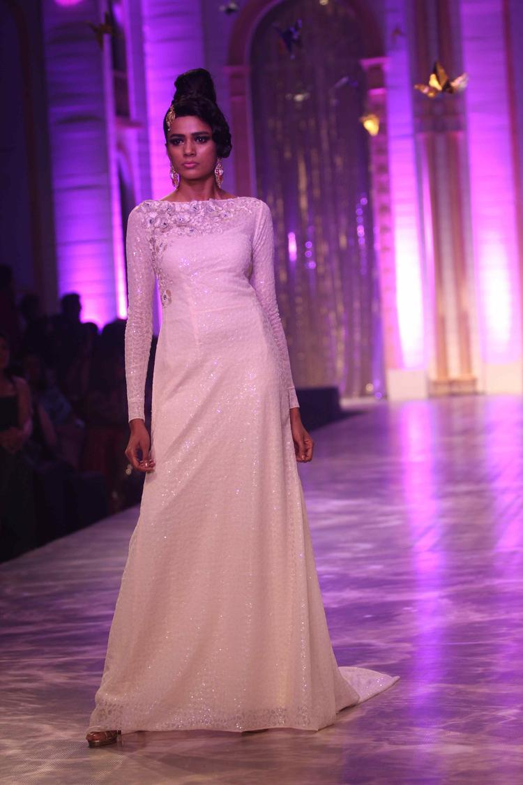 A Model Fashionable Look On Day 6 Neeta Lulla Show At IBFW 2013