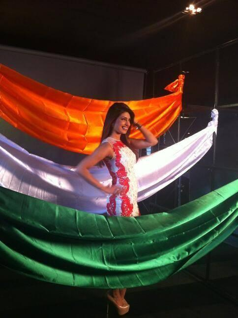 Agenda Aaj Tak Program Priyanka Chopra Dancing Pic