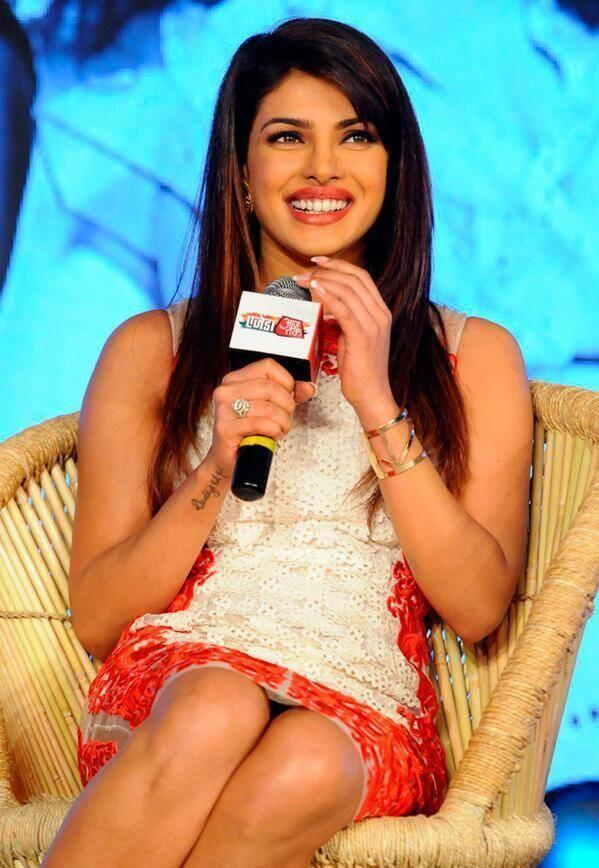 Priyanka Chopra Smiling Face During The Agenda Aaj Tak Program
