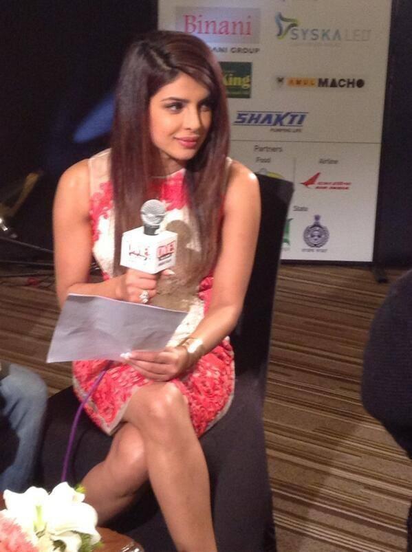 Priyanka Looking Hot And Beautiful In Short Body Con Sleveless Dress At Agenda Aaj Tak Program