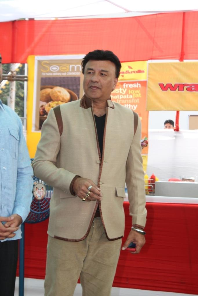 Anu Malik Nice Look At Uppercrust Food And Wine 2013 Show Launch