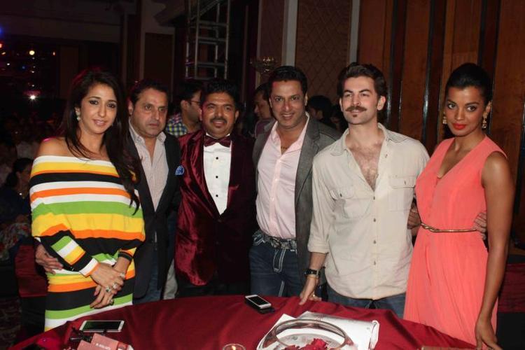 Krishika With Hubby Sunil,Madhur,Neil Nitin And Mugdha Posed For Camera At 25th Anniversary Celebration Of Shiva's Saloon And Academy