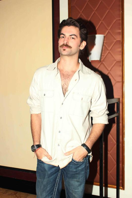 Neil Nitin Mukesh Stunning Pose For Lenses At 25th Anniversary Celebration Of Shiva's Saloon And Academy