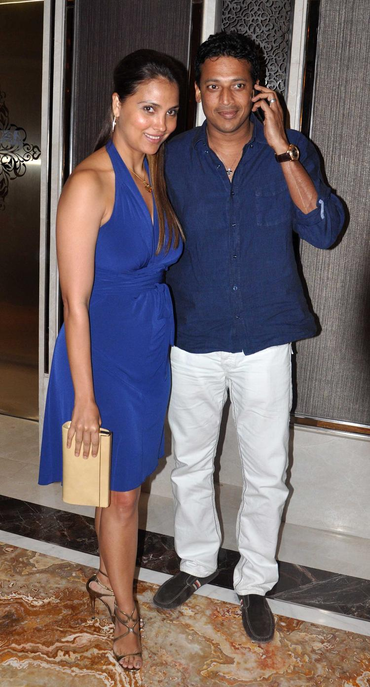 Lara Dutta With Hubby Mahesh Bhupathi Clicked During The Deanne Pandey's New Book Launch