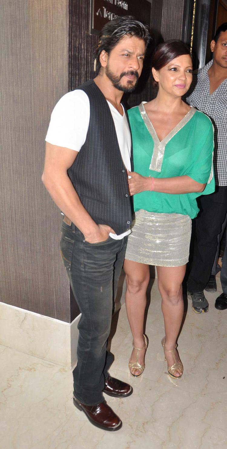 SRK With Deanne Posed At The Launch Of Deanne Pandey's New Book Shut Up And Train