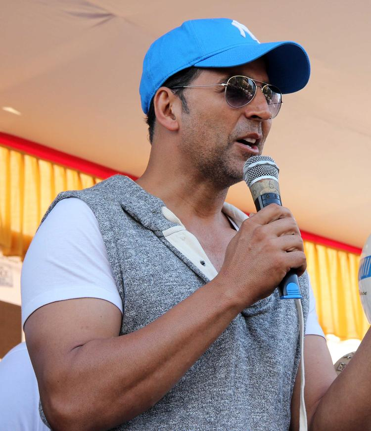 Akshay Kumar Suggest For Use Helmet At Ride For Safety Bike Rally Event