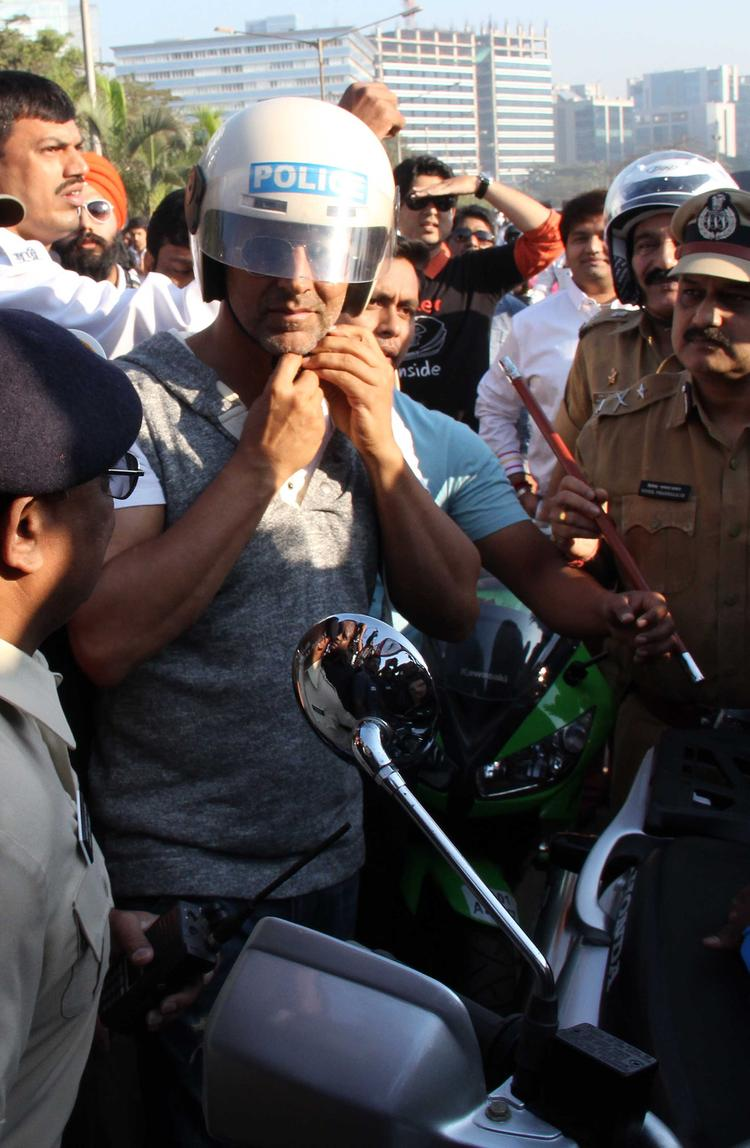 Akshay Kumar Wearing Helmet For Safety At Ride For Safety Bike Rally Event