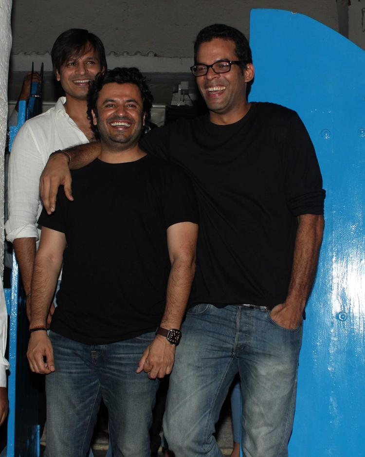 Vivek,Vikas And Vikramaditya Cool Smiling Look At The Vikas Bahl Birthday Bash