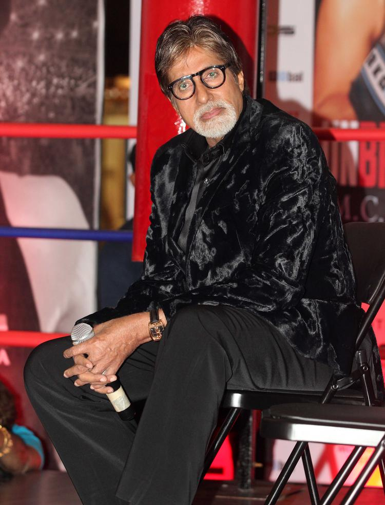Amitabh Bachchan Launched Boxing Champion Mary Kom's Autobiography 'Unbreakable' In Mumbai