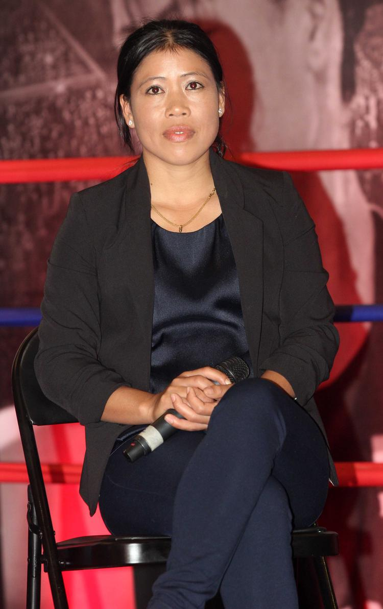 Olympic Medal Winning Boxer Mary Kom Dazzling Look At The Launch Of Her Biography Unbreakable