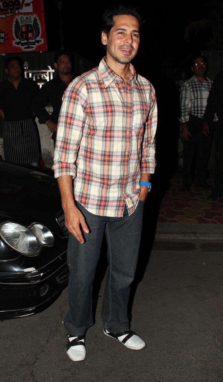 Bollywood Hot Icon Dino Morea Birthday Bash Latest Pic