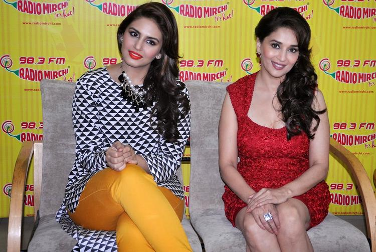 Madhuri And Huma Nice Pose Photo Shoot During Dedh Ishqiya Promotion At 98.3 FM