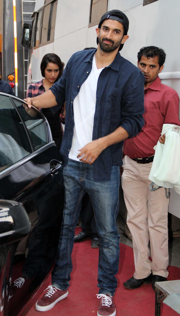 Bollywood Hunk Aditya Roy Arrive On The Sets Of Koffee With Karan Show