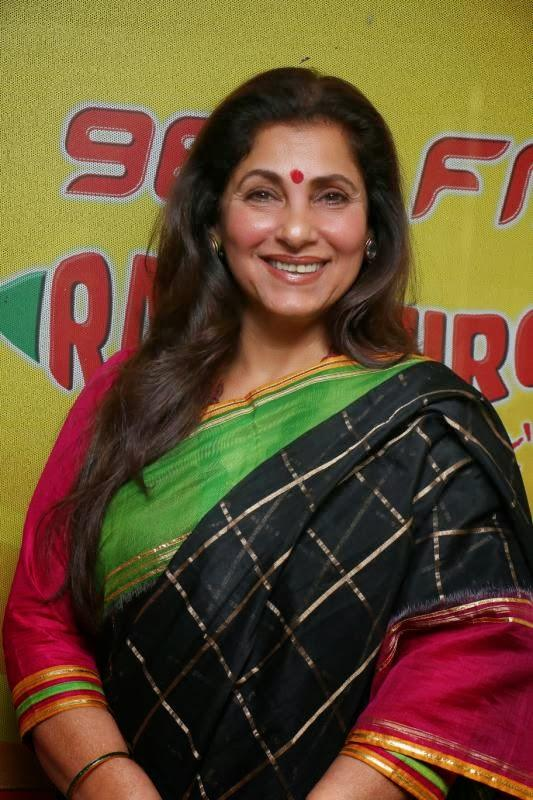 Dimple Kapadia Smiling Pic At Radio Station 98.3 FM During Her Movie Promotion
