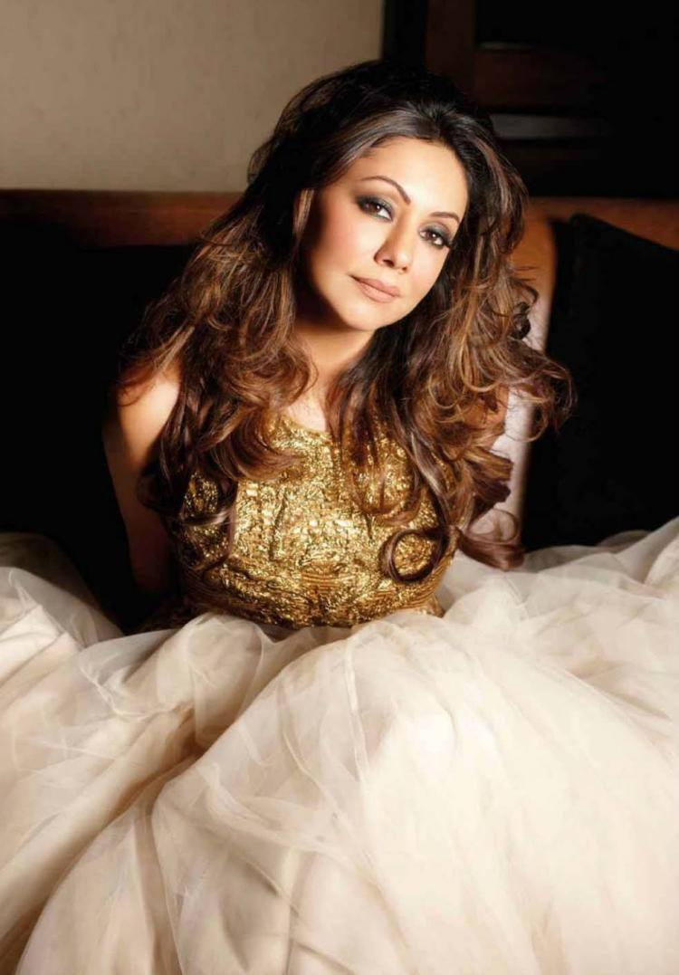 Sizzling Sexy Gauri Khan Romantic Look Photo Shoot On Bed For Noblesse Magazine