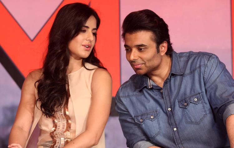 Katrina Kaif And Uday Chopra Cool Chatting At Dhoom 3 Press Conference