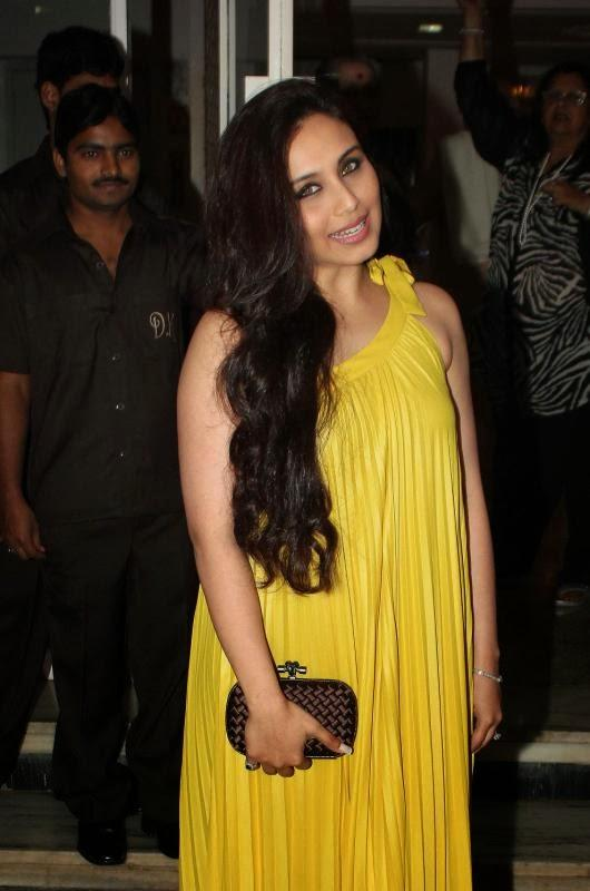 Hot Diva Rani Mukherjee Cute Pose Camera At Dilip Kumar's Birthday Party
