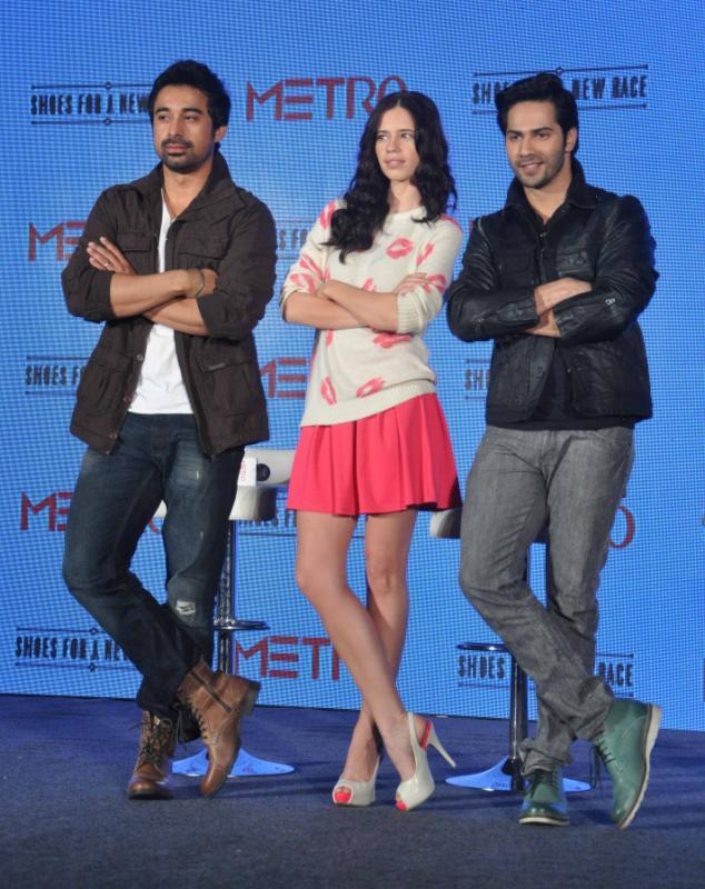 Kalki,Rannvijay And Varun Strikes A Same Pose At The Launch Of Metro Shoes Campaign For New Race