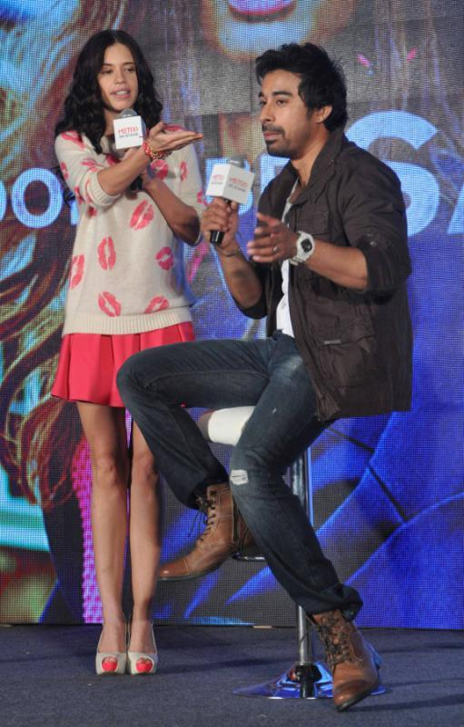 Launch Of Metro Shoes Campaign For New Race Kalki And Rannvijay Stills