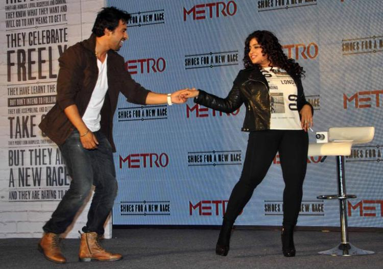 Rannvijay Dance With Anchor RJ Mallishka During The Launch Of Metro Shoes Campaign For New Race