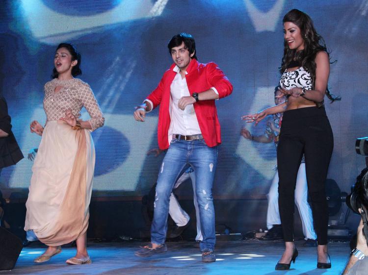 Rakul Preet Singh,Himansh Kohli And Nicole Faria Danced On The Stage During The Yaariyan Music Launch Event