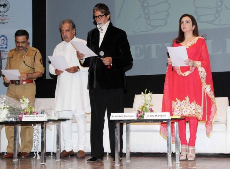 Amitabh,Nita And Gaj Singh During The Public Awareness Programme On Road Traffic Accident