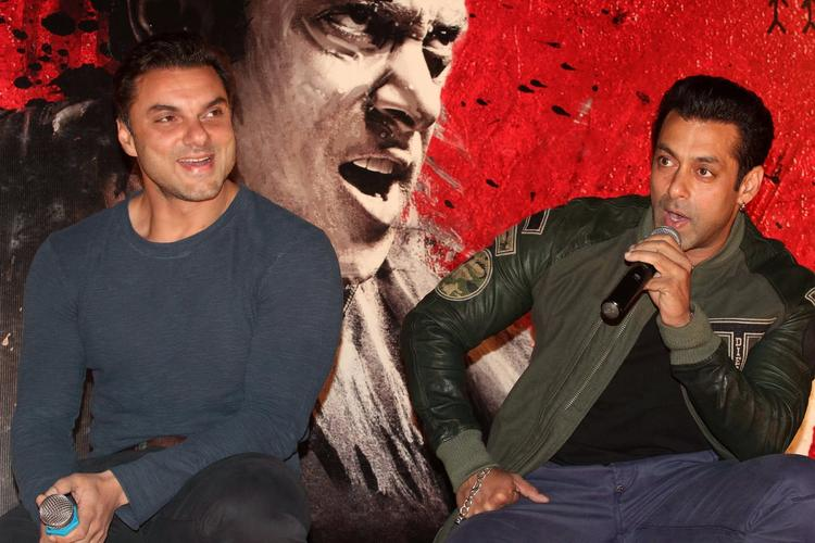 Salman And Sohail Still From Jai Ho Movie First Look Trailer Launch Event