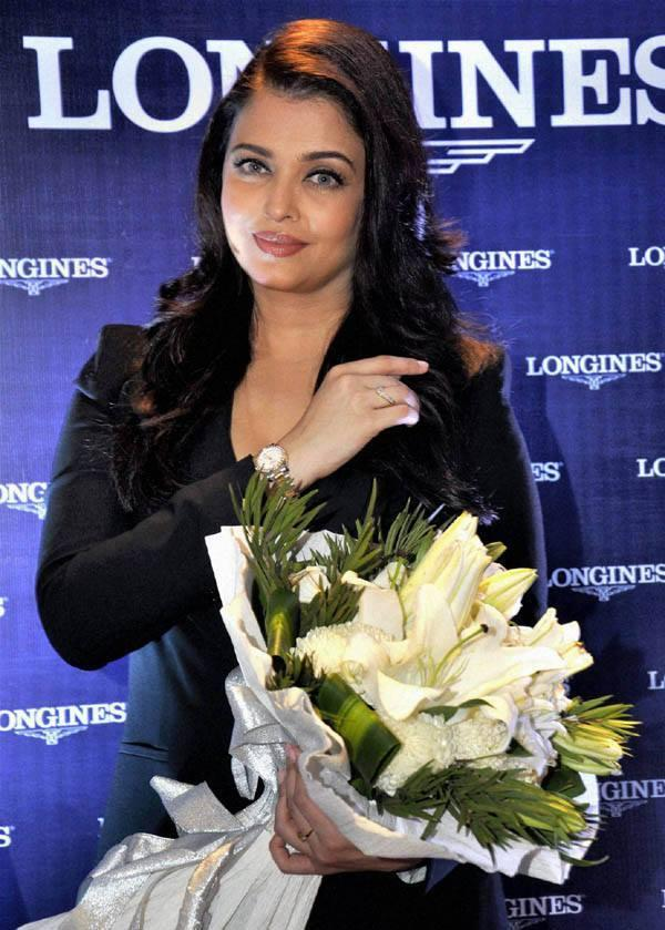 Aishwarya Nice Look During The Longines Showroom Launch Event