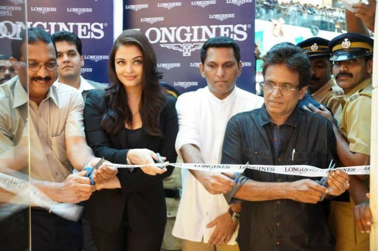 Aishwarya Ribbon Cut Pic At The Longines Showroom Launch In Kochi
