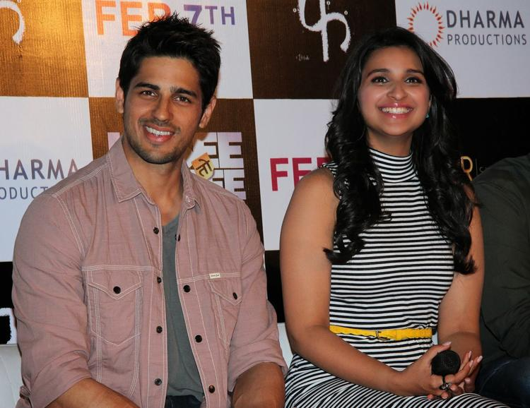 Sidharth And Parineeti Interact With Media At The First Look Launch Of Hasee Toh Phasee