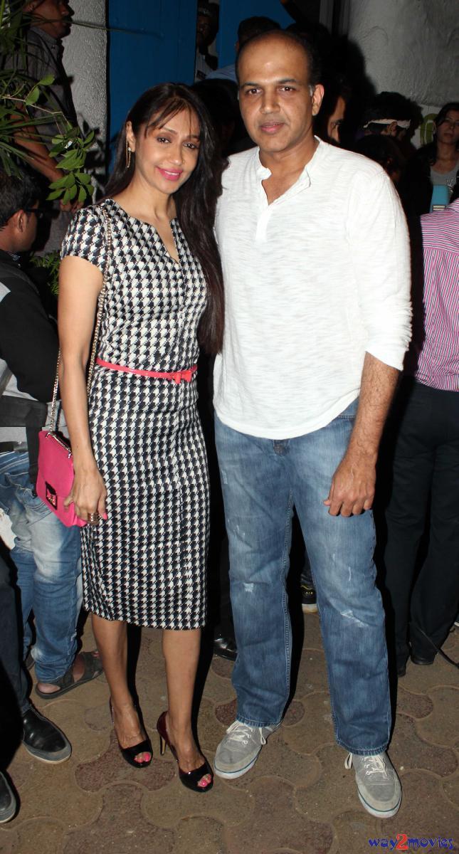 Ashutosh Gowariker Arrives With His Wife Sunita At The Success Bash Of 'R..Rajkumar'
