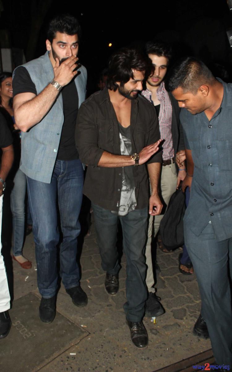 Shahid Kapoor  During The R Rajkumar Success Party