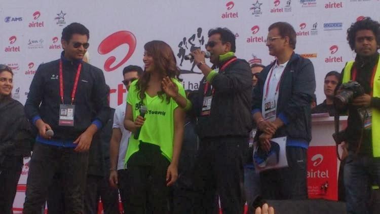 Bipasha Basu Smiling During The Airtel Delhi Half Marathon 2013