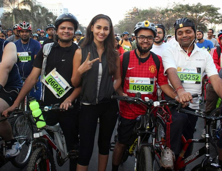 Contestant Prepared For Cycling At Tour De India 2013 Cyclothon