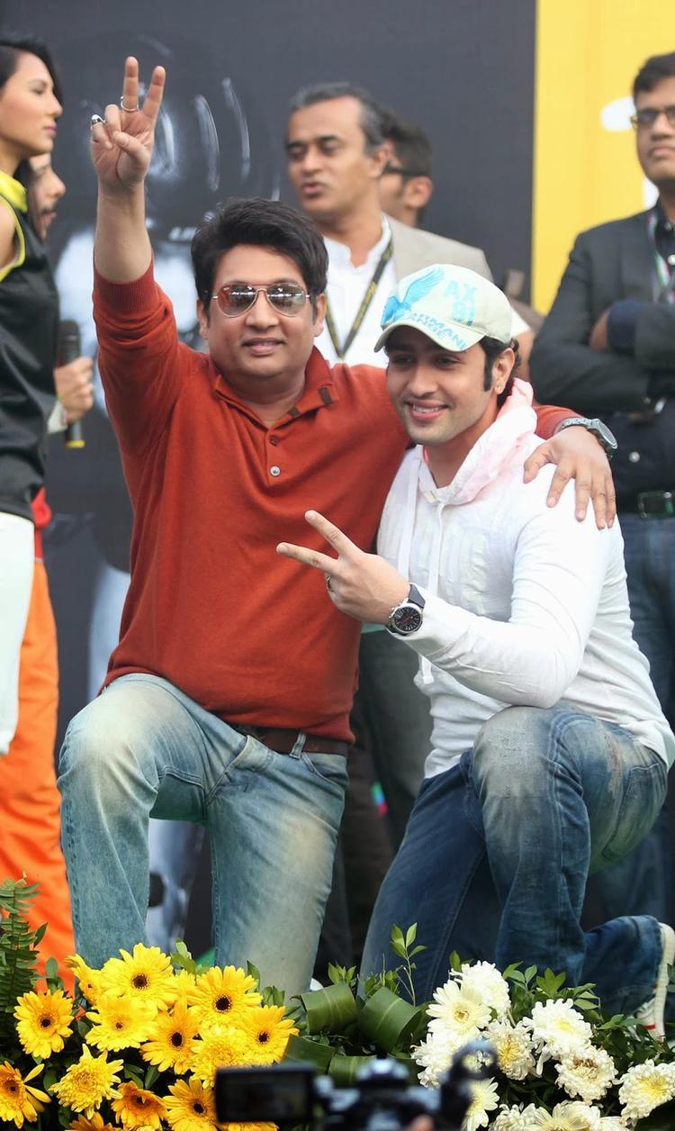 Shekhar With His Son Adhyayan At Tour De India 2013 Cyclothon Day 2