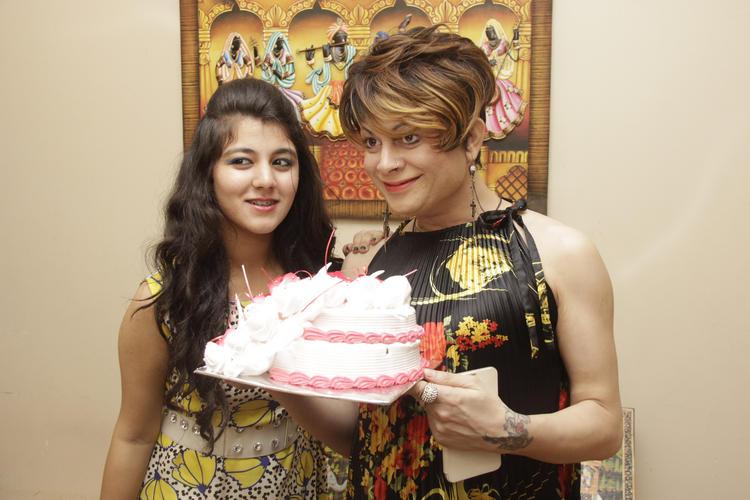 Ananya Chadha And Bobby Darling Posed With Birthday Cake At Gurpreet Kaur Chadha Birthday Bash