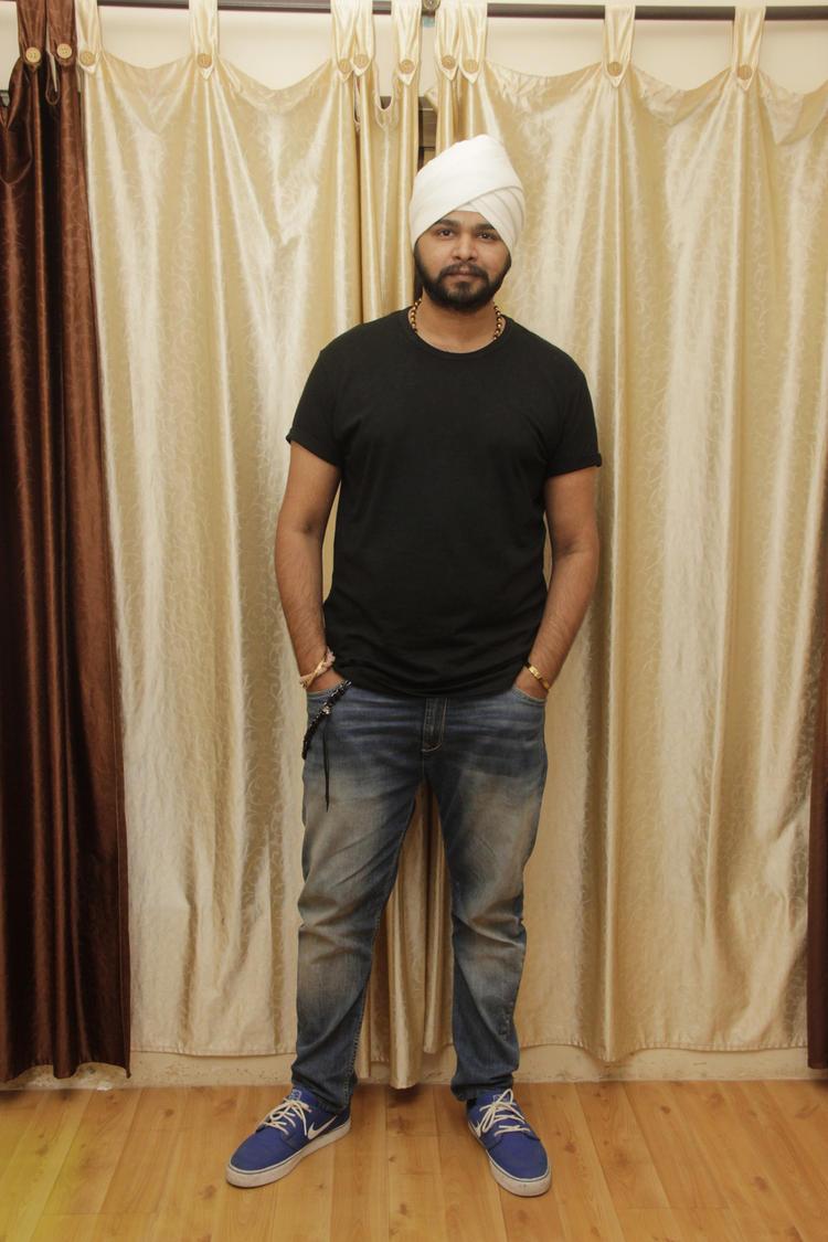 Ramji Gulati Strikes A Pose During The Birthday Bash Of Gurpreet Kaur Chadha