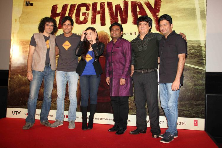Imtiaz,Randeep,Alia,A. R. Rahman And Sajid Nadiadwala Clicked At First Look Trailer Launch Of Film Highway